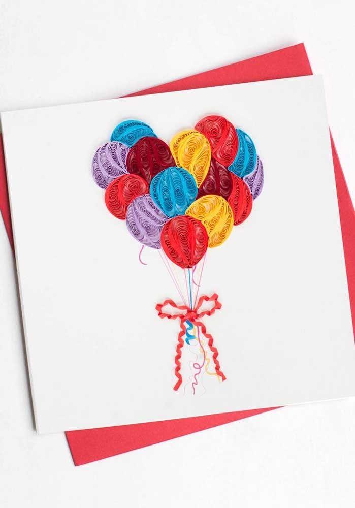Alegres e coloridos: esses balões quilling decoram com entusiasmo o cartão