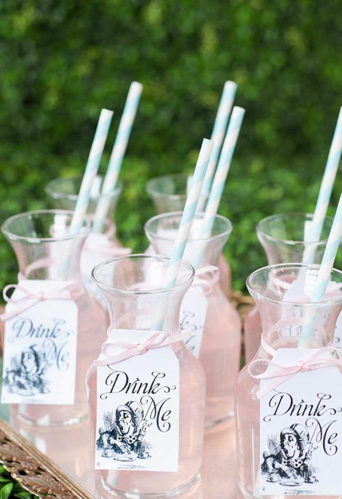 O drink da festa deve acompanhar a cor da decoração.