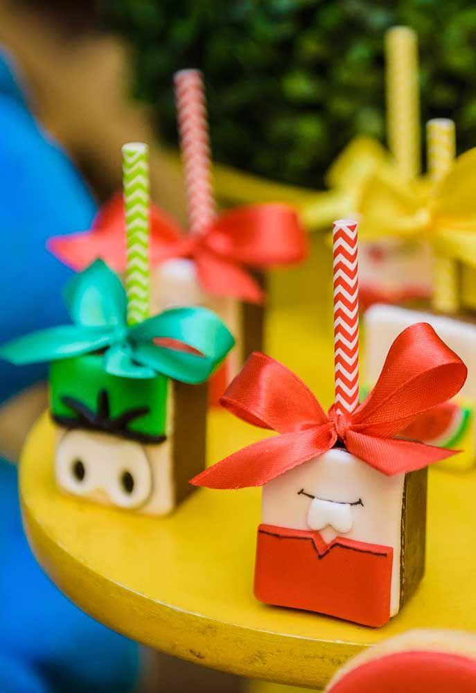 Usando a criatividade é possível fazer uma decoração diferente, com elementos decorativos engraçados.