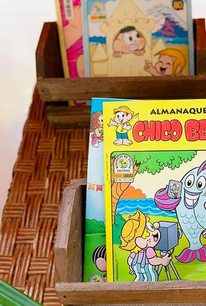 Como a Turma da Mônica faz parte de histórias em quadrinhos, nada melhor do que distribuir as revistas para os convidados.