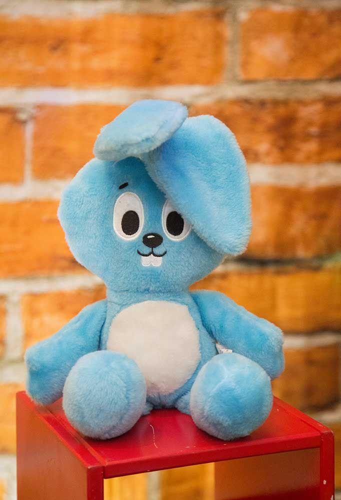 O coelho Sansão não pode faltar na festa da Turma da Mônica. A melhor indicação é usar o boneco de pelúcia para decorar.