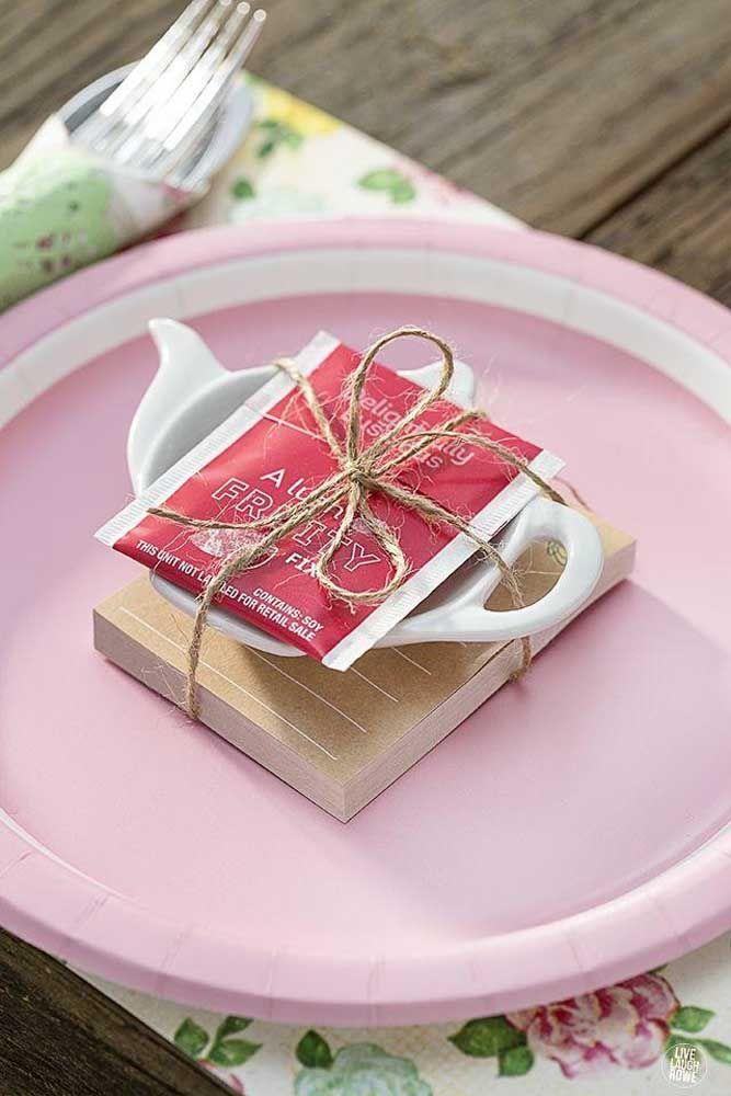 Kit chá completo em cada lugar da mesa