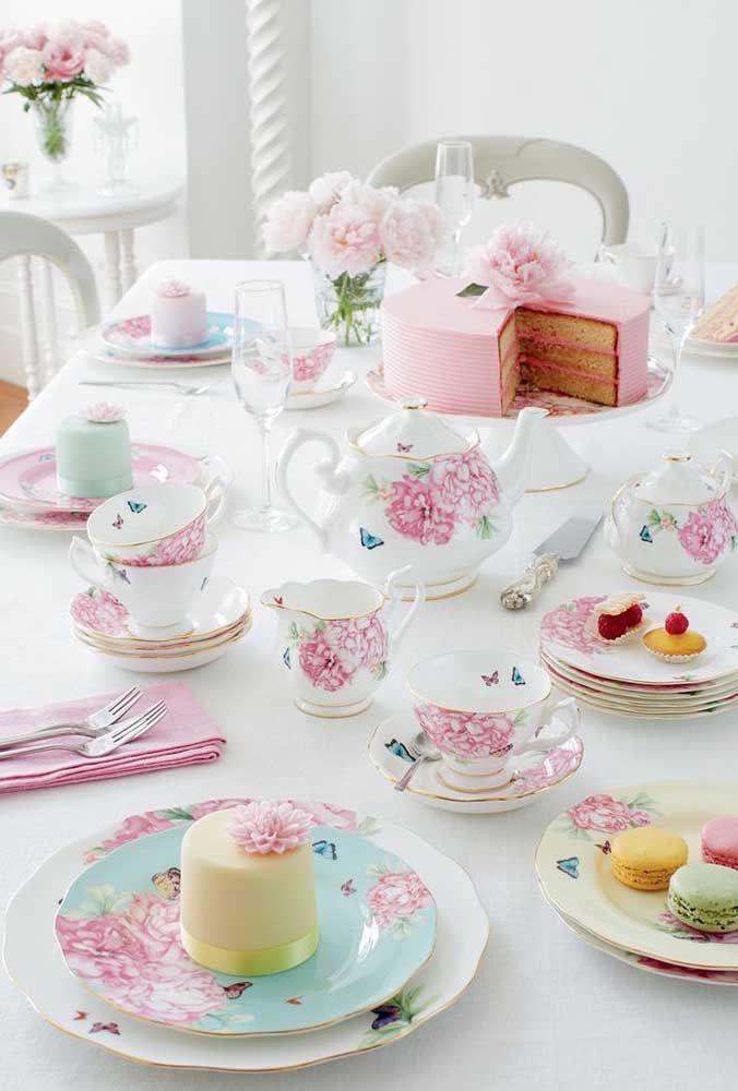 Um chá da tarde cheio de influências vintage e romântica