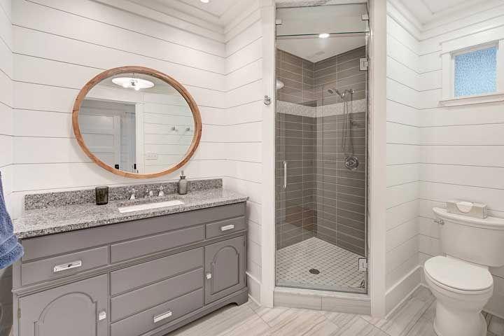 Toda a beleza de um banheiro neutro para encantar os olhos