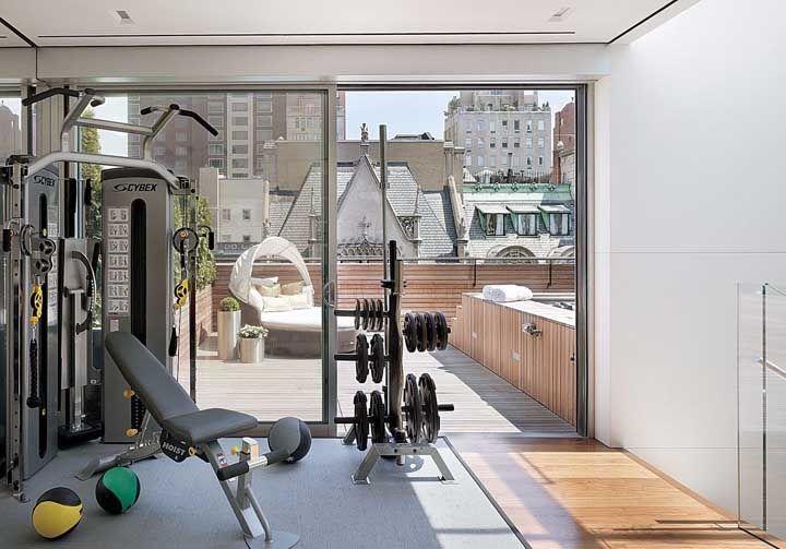 Quem mora em apartamento também tem direito a uma academia em casa