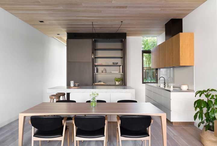 Se a sua casa ou apartamento é pequeno, a cozinha aberta é uma necessidade