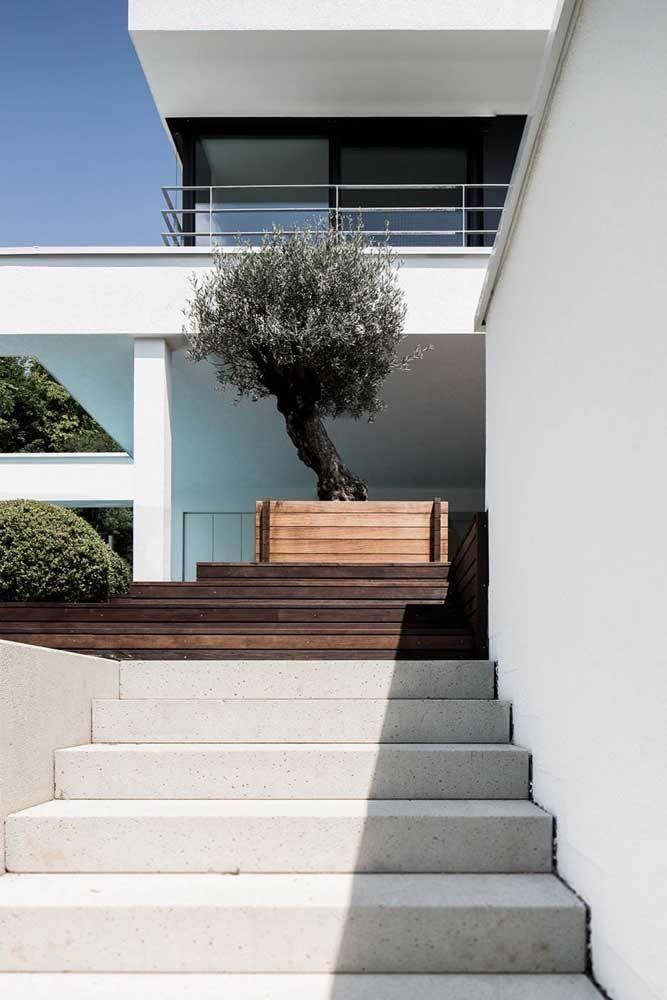 O concreto aparente pode ser usado para escadas internas e externas