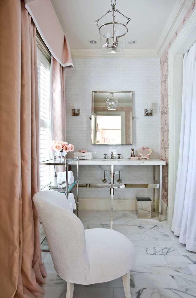 Romântico, delicado e elegante: esse banheiro também entrega o estilo Shabby Chic