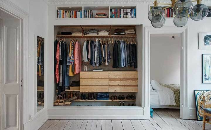 Closet aberto: veja inspirações e como organizar facilmente