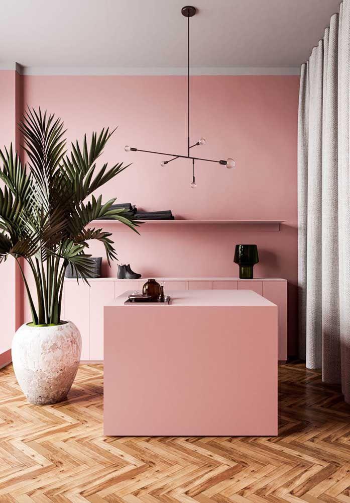 Corian cor de rosa para acompanhar a tonalidade dos móveis