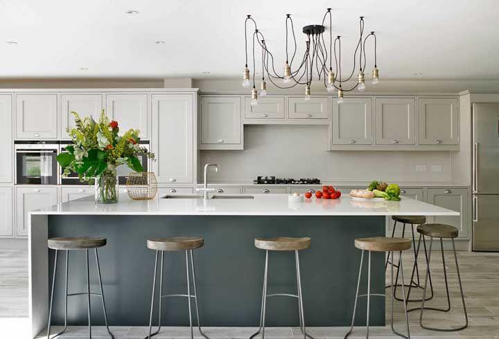 Lustre aranha: aposte nele se deseja criar uma cozinha moderna