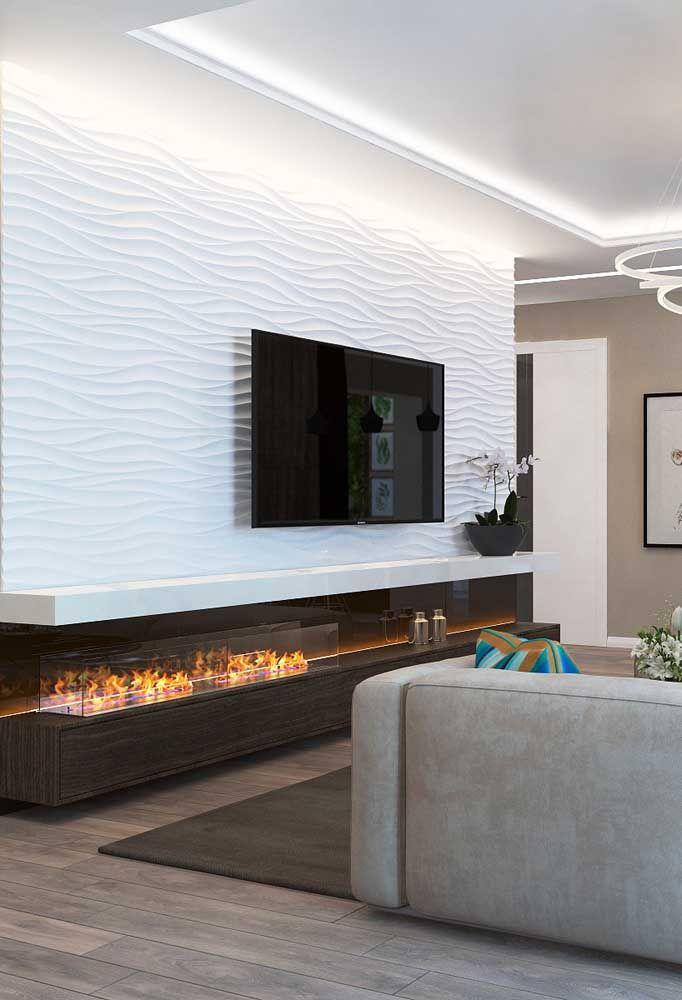 Use a lareira ecológica embutida junto ao móvel da sala, não oferece risco algum