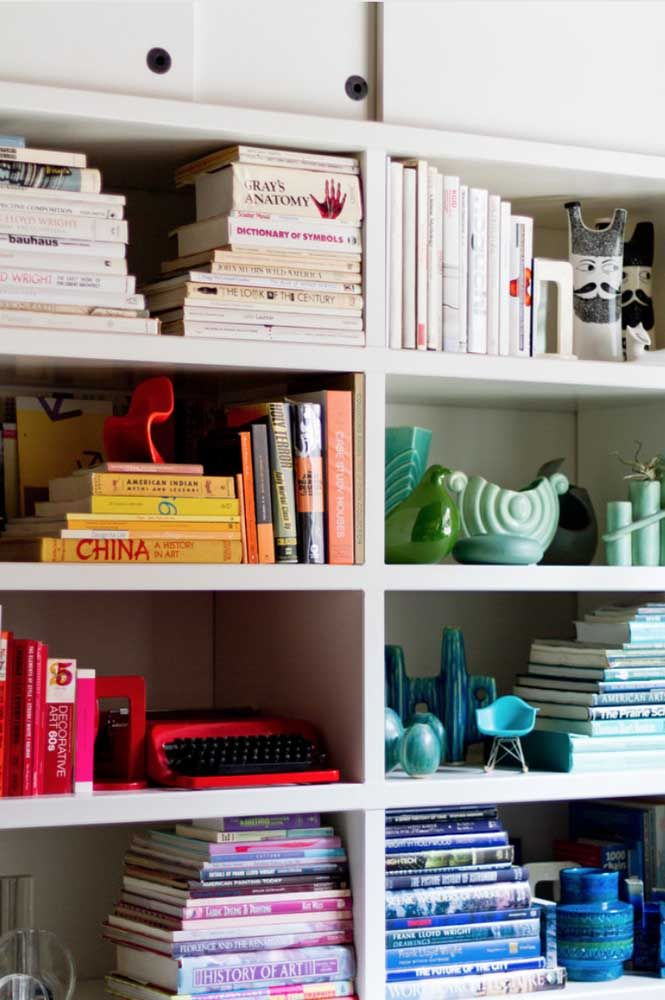 Livros: ótima opção de decoração para escritórios