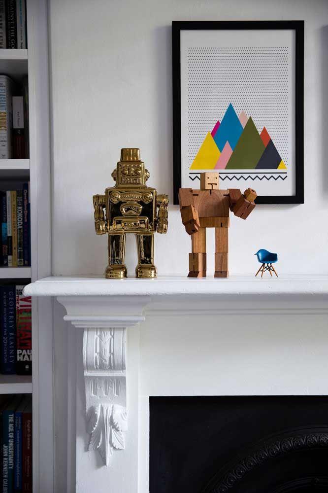 Como não se apaixonar por essa miniatura da cadeira Charles Eames?