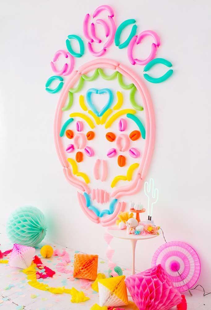 A caveira feita de balões é o grande destaque dessa festa mexicana