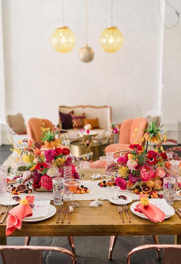 Quer um pouco mais de glamour na sua festa mexicana? Então se inspire nessa decoração aqui