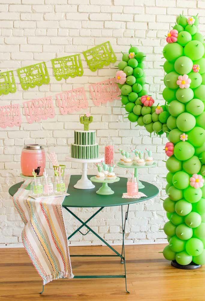 Cacto de balões: um elemento típico mexicano feito de modo fácil e barato