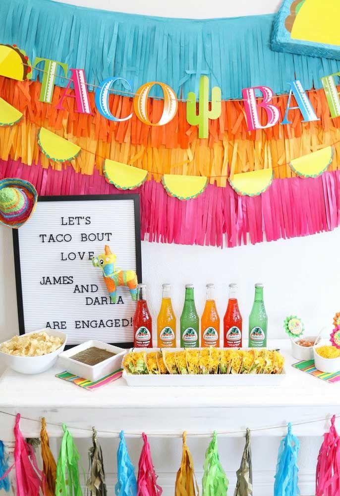 Melhor decoração para a festa mexicana: papeis coloridos