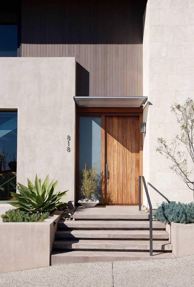 Porta de madeira e vidro: uma combinação harmoniosa que sempre dá certo