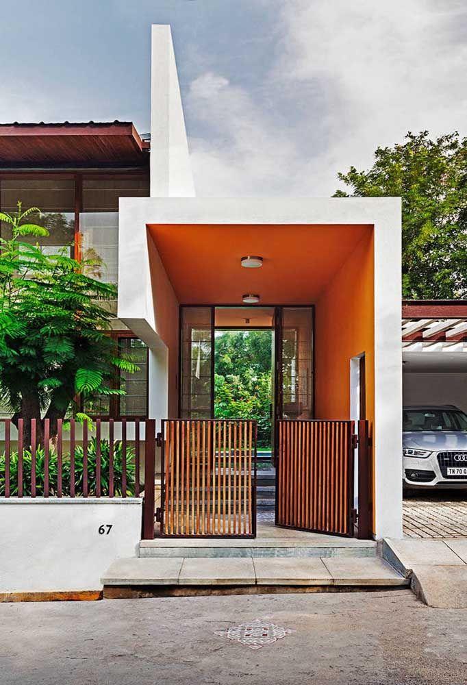 A porta de vidro pode prejudicar a privacidade dos moradores, atente-se para esse detalhe