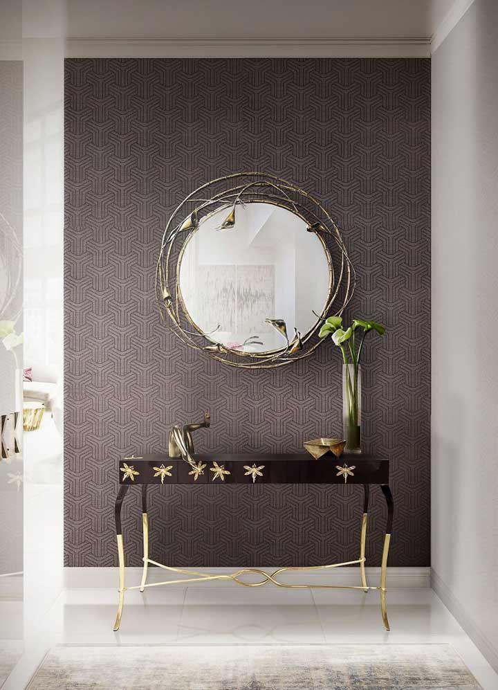Na hora de escolher o aparador e espelho para decorar sua casa, verifique os modelos com detalhes suaves e diferentes para deixar o ambiente mais delicado.