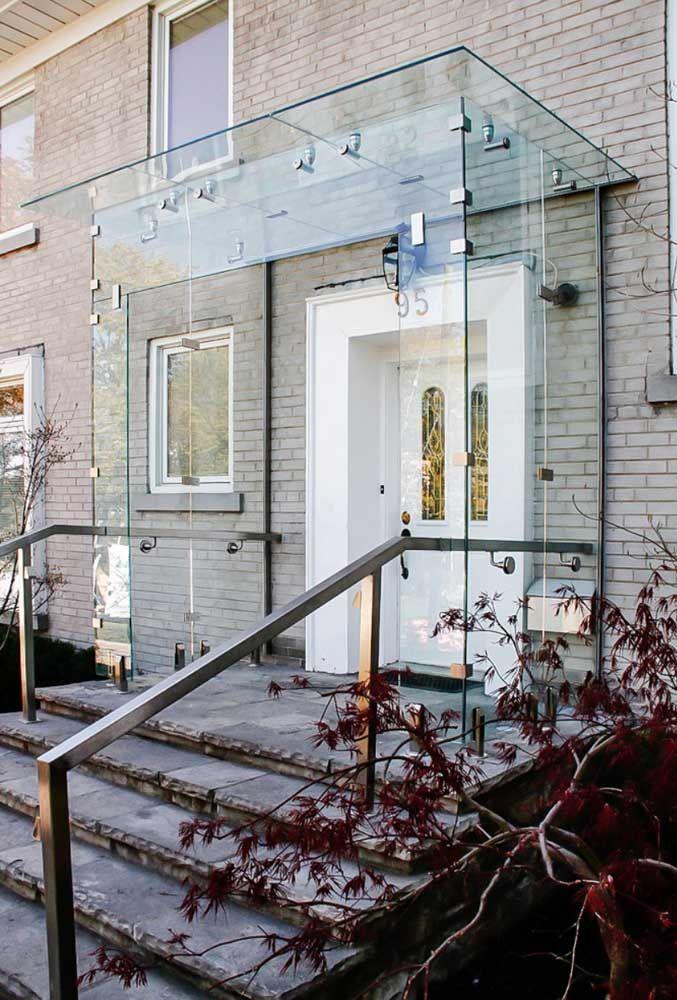 Cobertura de vidro para entrada da casa