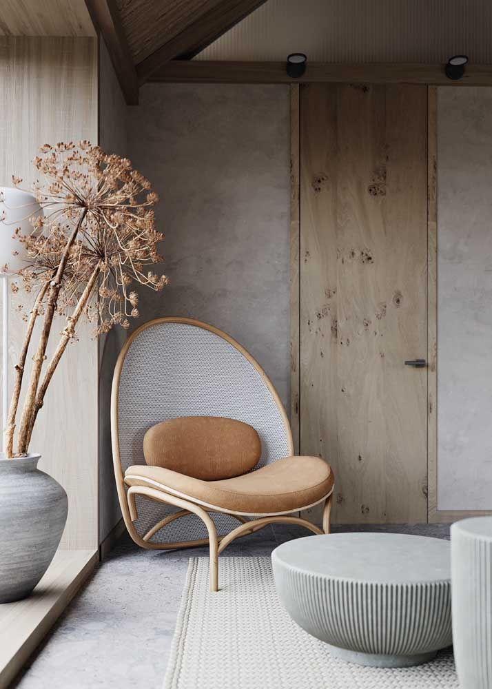 O cinza também abraça a proposta moderna, mas quando unido ao palha transforma o ambiente em um espaço acolhedor e confortável
