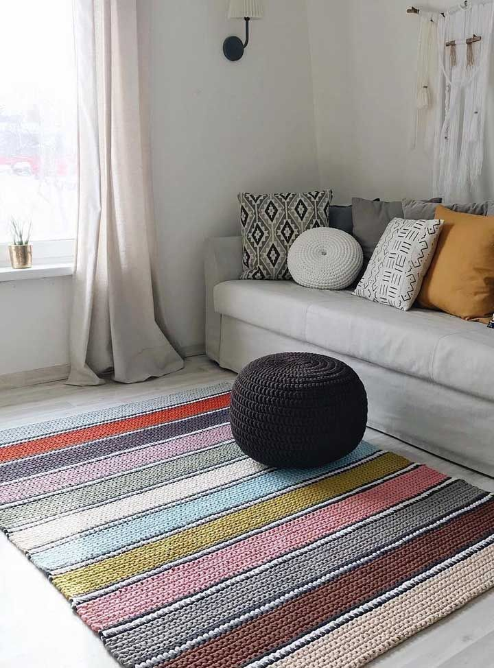 Faça o seu tapete de crochê com quantas cores quiser