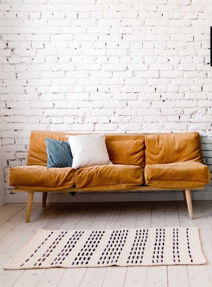 O charme e a elegância de um tapete de crochê básico e neutro