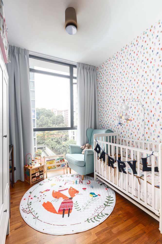O formato de tapete redondo é super delicado para o quarto infantil