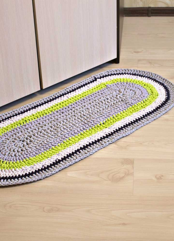 Cores modernas para a tradicional passadeira simples de crochê