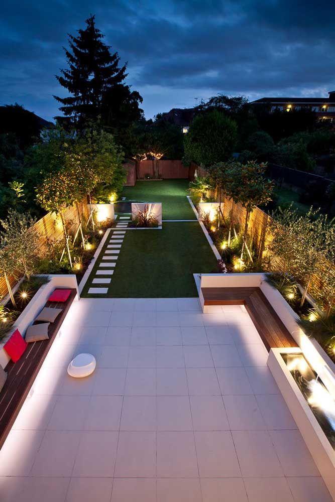 Faça com que seu jardim seja tão bonito de noite, quanto é de dia