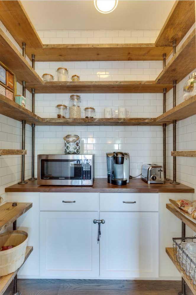 Cozinhas maiores também não ficam atrás, deixando tudo o que você precisa no alcance das mãos