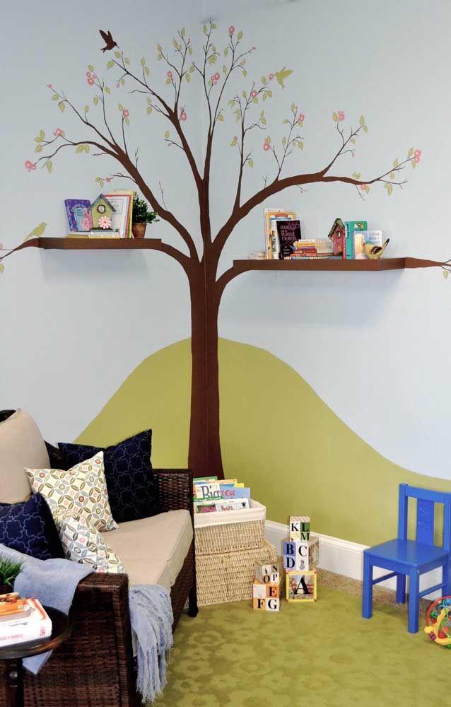 Inspiração perfeita para as prateleiras no quarto das crianças, onde elas se tornam a continuidade dos galhos da árvore