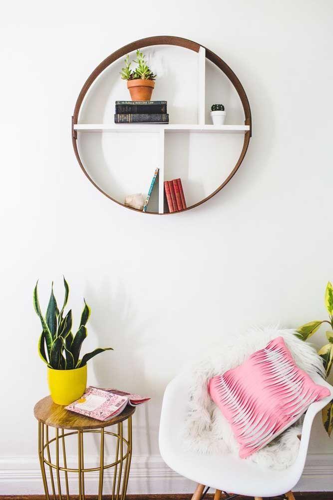Sinta-se a vontade para decorar o nicho redondo do jeito que for mais agradável para você