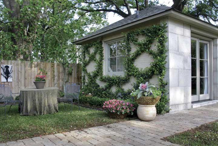 Casas de visual rústico também combinam com calçada de granito