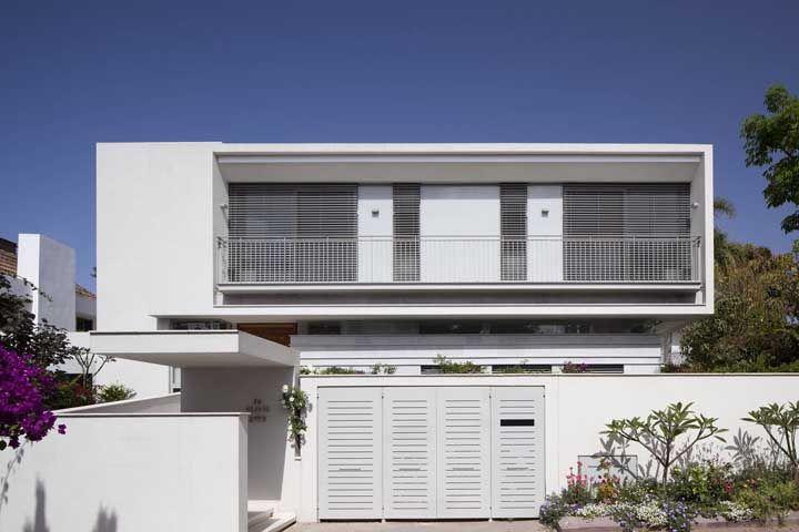 Exemplo típico de casa com arquitetura moderna