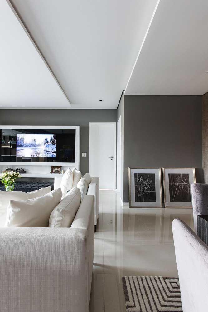Salas modernas pedem pisos com um pouco de brilho e essa opção traz justamente um porcelanato esmaltado com brilho
