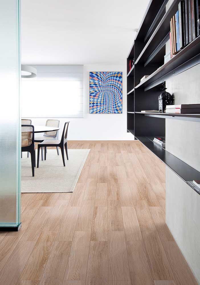 Ninguém diz que é porcelanato; idêntico a um piso de madeira real