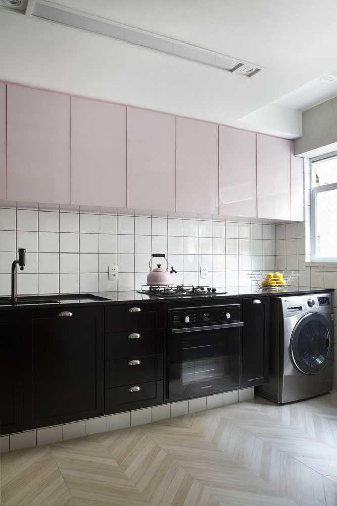 Bancada em Marmoglass na cozinha: diversidade nas cores e acabamentos