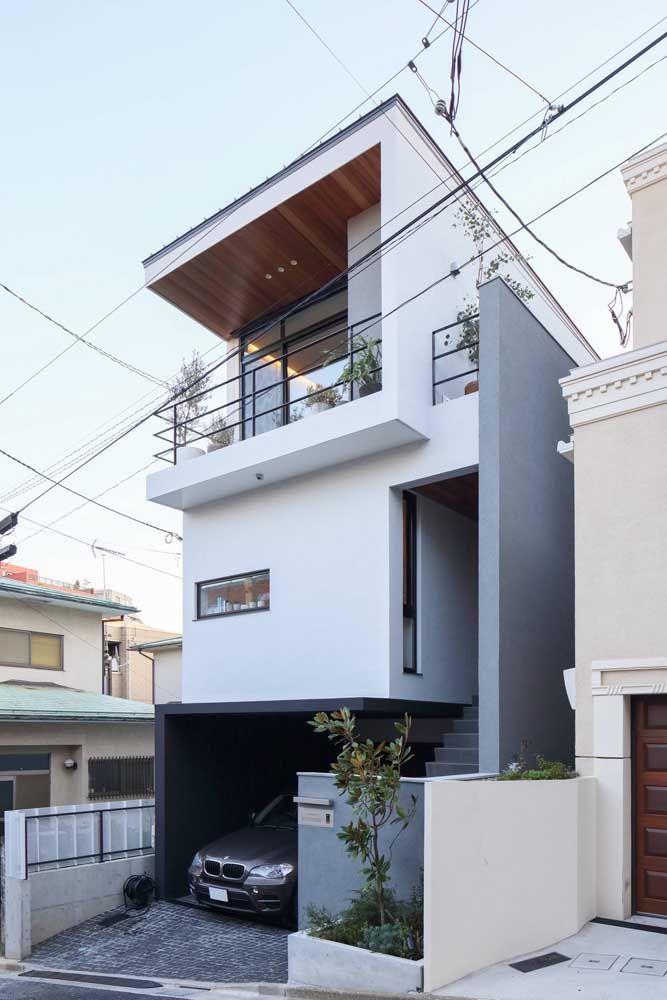 Deixe a casa quadrada ainda mais moderna optando por tons claros e neutros para pintura