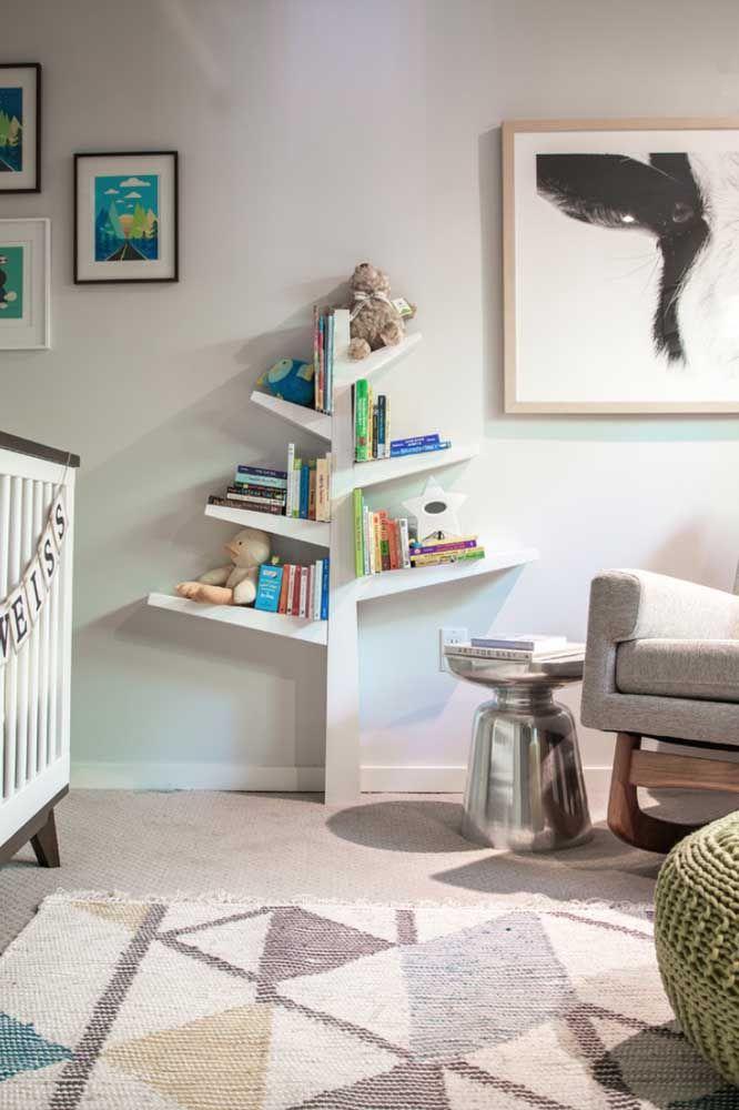 Prateleira para livros em formato de árvore, uma gracinha para o quarto infantil