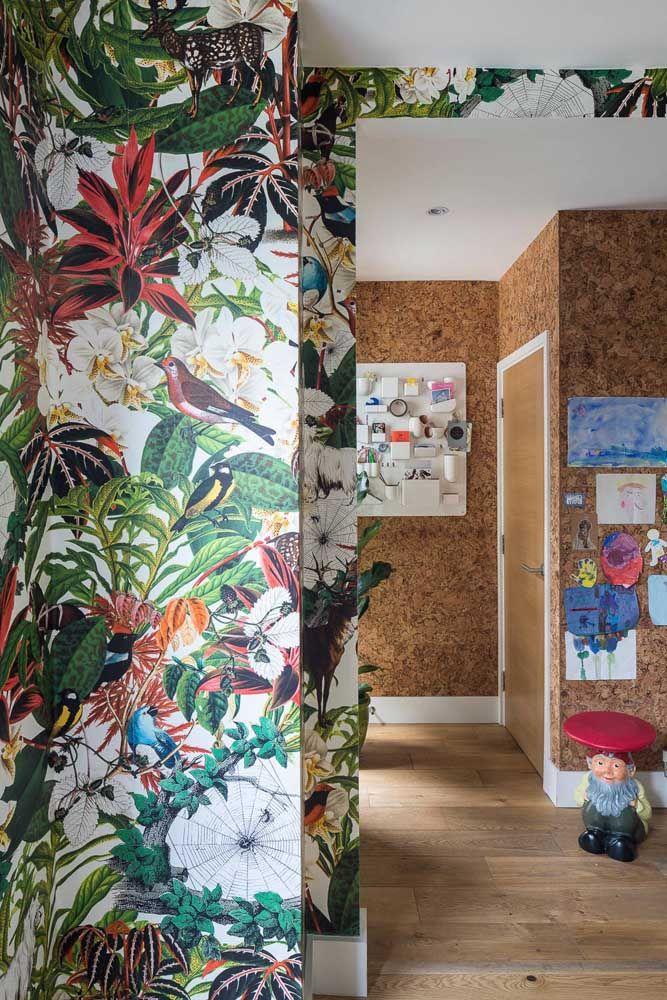 Tropicalismo nas paredes dessa casa