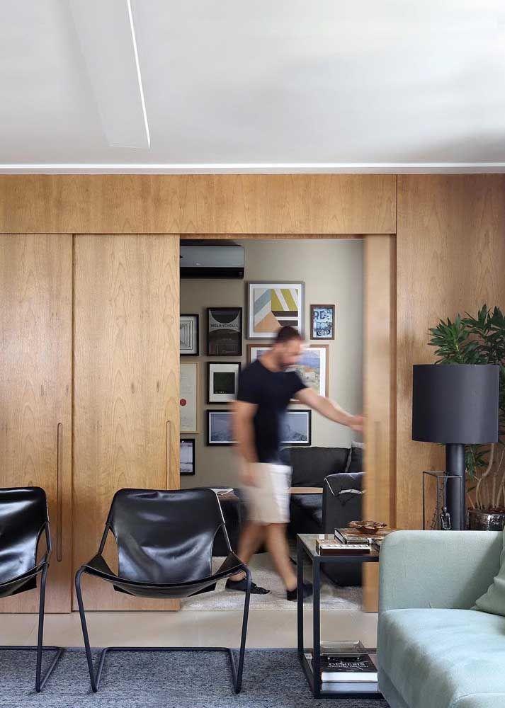 Painel de madeira para separar ambientes