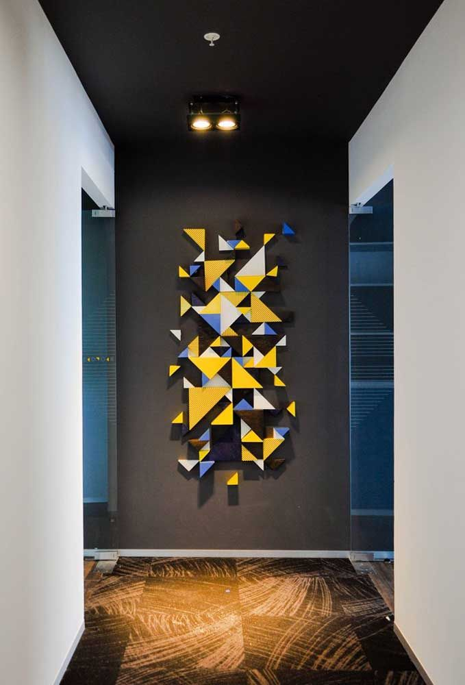 Escultura de parede tridimensional, com cores vivas em um estilo 3D super moderno