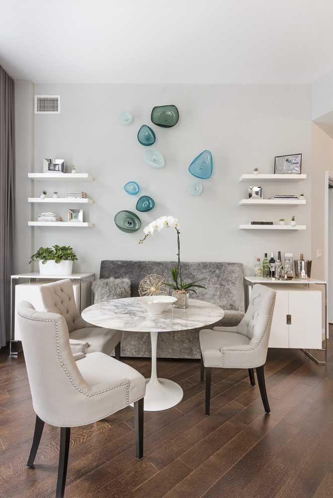 Cúpulas de vidro são todo o charme dessas esculturas de parede para sala de jantar