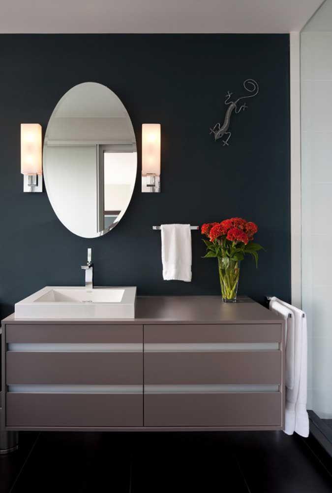 Que tal levar um pouco de descontração para o banheiro usando uma escultura de parede?