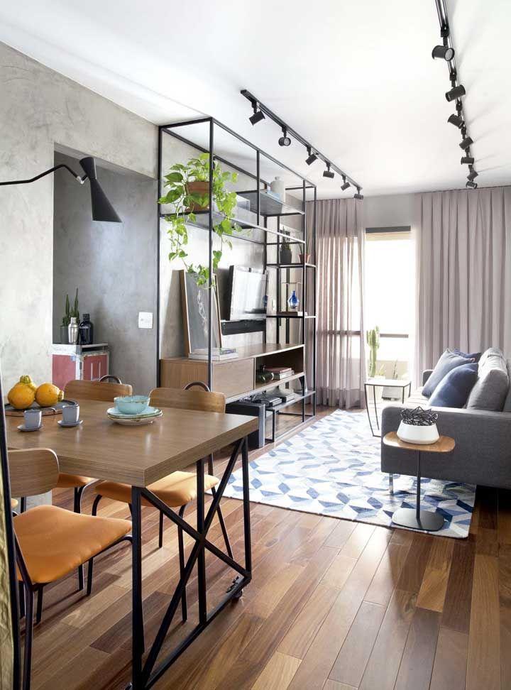 Sala dois ambientes em estilo industrial: uma decoração que traz modernidade e conforto à casa