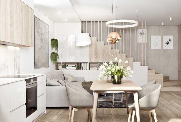 Nessa sala dois ambientes, o charme e a elegância não se medem pelo tamanho, mas pelos elementos que compõe a decor