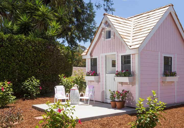 Mini casa cor de rosa: o sonho de qualquer menina, só que aqui a brincadeira é de adulto